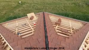 pokrývačské práce, dořezání krytiny nároží střechy 2014