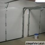 Zakrytování garážových vrat hliníkovým plechem